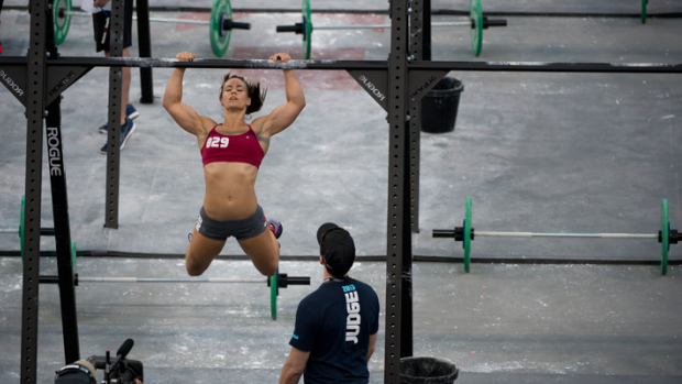 camille-pull-up-2013